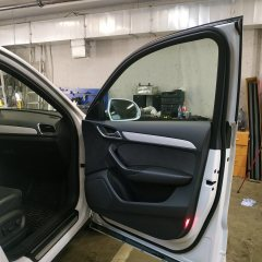 Тонировка лобового стекла и передних дверей Audi Q3