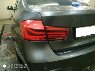 Тонирование задней оптики BMW 3 пленкой STEK