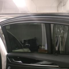 Нанесение тонировки на заднюю часть BMW 5