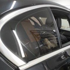 Оклейка деталей BMW F10 в черный глянец