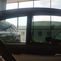 Тонирование задних стекол BMW G30 плёнкой Llumar 5%