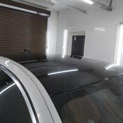 Покрытие крыши BMW G30 черным глянцевым винилом