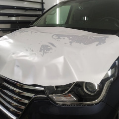 Бронирование оптики и капота Hyundai Starex полиуретаном