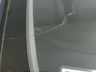 Ремонт трещины и сколов на стекле Kia Rio