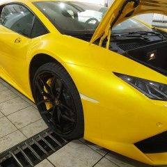 Бронирование Lamborghini антигравийным полиуретаном.