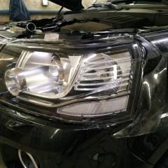 Оклейка фар Land Rover Freelander 2 плёнкой