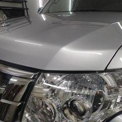 Бронирование оптики и капота Mitsubishi Pajero пленкой