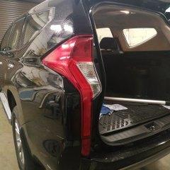 Тонирование задних фонарей Mitsubishi Pajero Sport