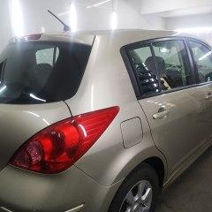 Тонировка задних стекол Nissan Tiida