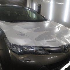Покрытие капота Toyota RAV4 полиуретаном