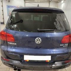 Тонировка полиуретаном задней оптики Volkswagen Tiguan